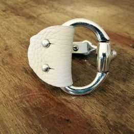 Bracelet cuir écrudemi-jonc mors articulé
