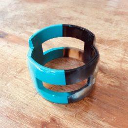 Bracelet large corne de buffle bicolore